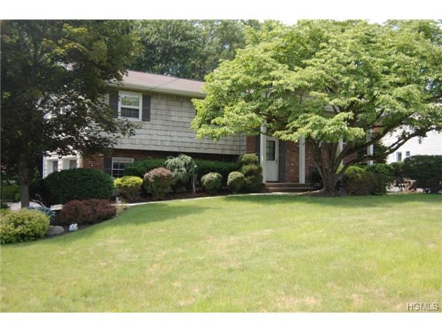 Real Estate for Sale, ListingId: 28635126, Nanuet,NY10954