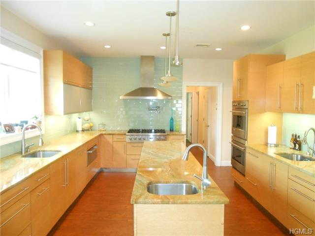 Real Estate for Sale, ListingId: 28651350, Monsey,NY10952
