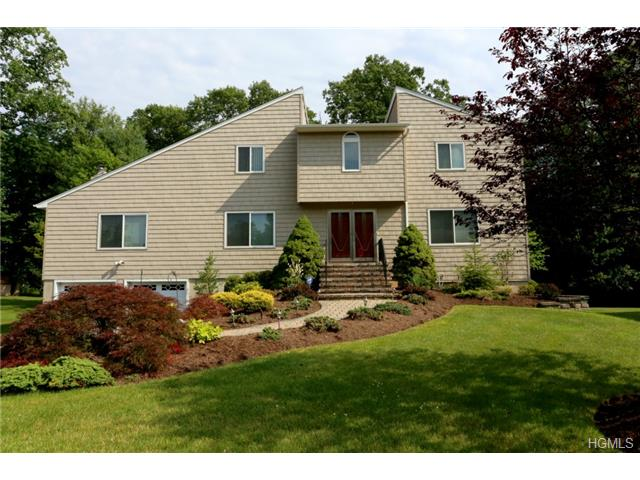 Real Estate for Sale, ListingId: 28988624, Valley Cottage, NY  10989