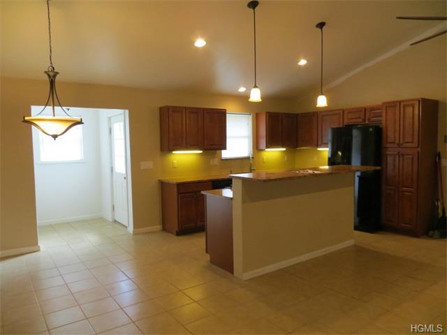 Rental Homes for Rent, ListingId:29470511, location: 426 St Andrews Road Walden 12586