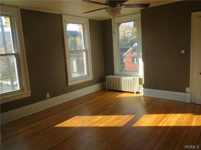Rental Homes for Rent, ListingId:29709399, location: 106 High Avenue Nyack 10960