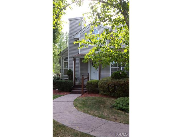 Rental Homes for Rent, ListingId:30017673, location: 1066 Washington Green New Windsor 12553