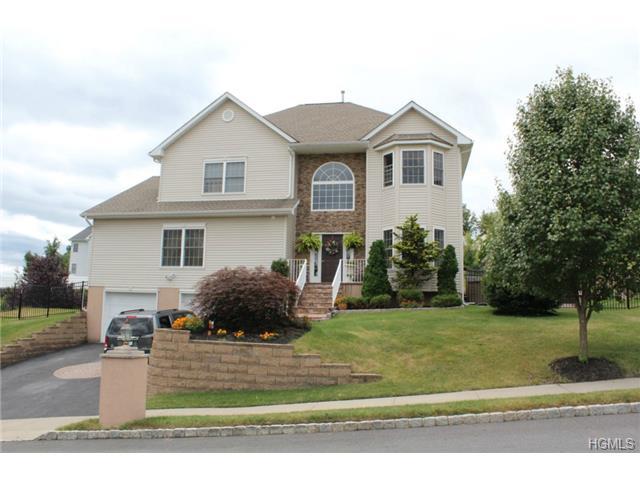 Real Estate for Sale, ListingId: 30109915, New Windsor,NY12553