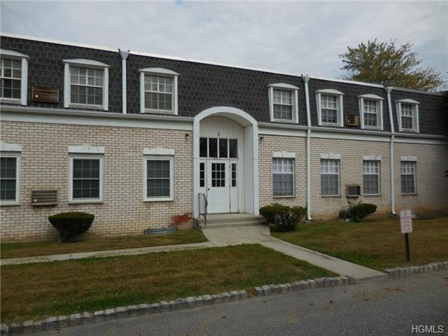 Rental Homes for Rent, ListingId:30101738, location: 1 On The Green New Windsor 12553