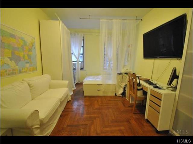 2187 Holland Ave # Unit: 2a, Bronx, NY 10462