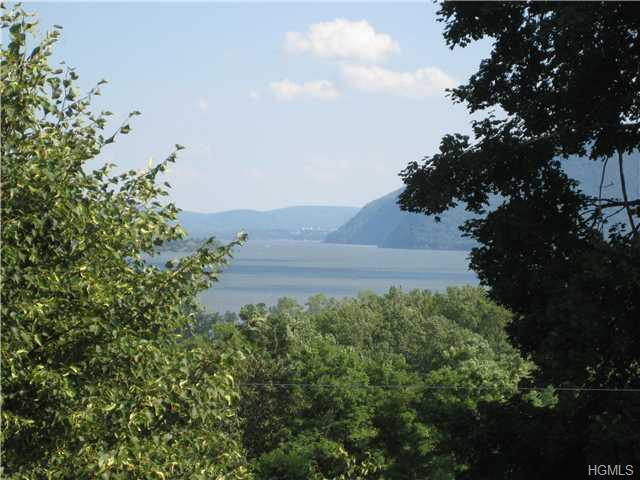 Rental Homes for Rent, ListingId:30300215, location: 60 Bay View Terrace Newburgh 12550