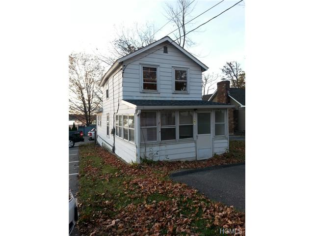 Rental Homes for Rent, ListingId:30603063, location: 347 Lakeside Road Newburgh 12550