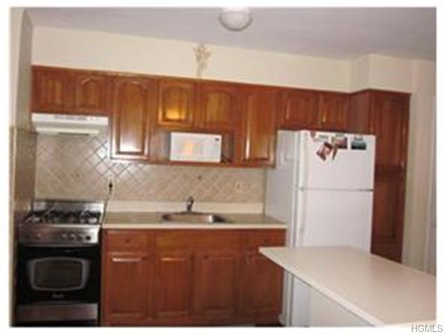 Rental Homes for Rent, ListingId:30869245, location: 180 Kearsing Parkway Monsey 10952