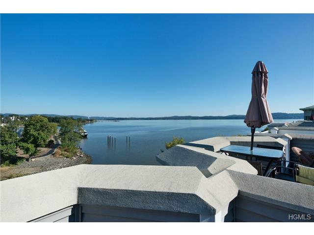 Rental Homes for Rent, ListingId:31002950, location: 3 Edge Water Haverstraw 10927