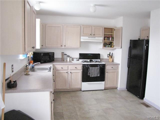 Rental Homes for Rent, ListingId:31197933, location: 9 Peach Place Middletown 10940