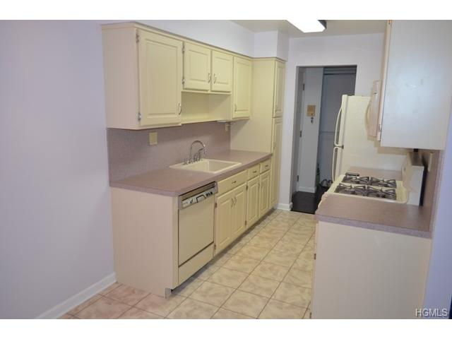 Rental Homes for Rent, ListingId:31340919, location: 29 Milford Lane Suffern 10901
