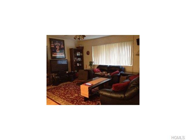 Rental Homes for Rent, ListingId:32855163, location: 28 Klint Court Nanuet 10954