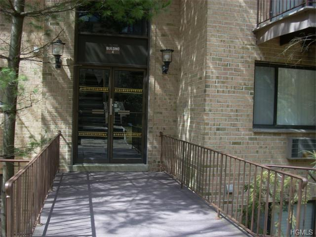 Rental Homes for Rent, ListingId:32936614, location: 500 Central Park Avenue Scarsdale 10583