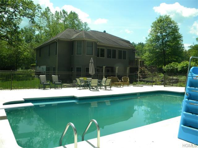 Real Estate for Sale, ListingId: 33098340, Middletown,NY10941