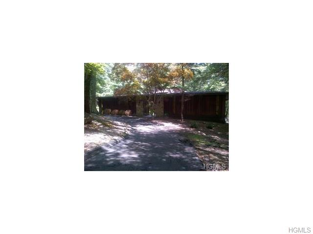 Rental Homes for Rent, ListingId:33719154, location: 50 Halley Drive Pomona 10970