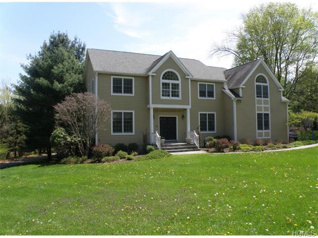 Rental Homes for Rent, ListingId:33756493, location: 25 Random Farms Drive Chappaqua 10514
