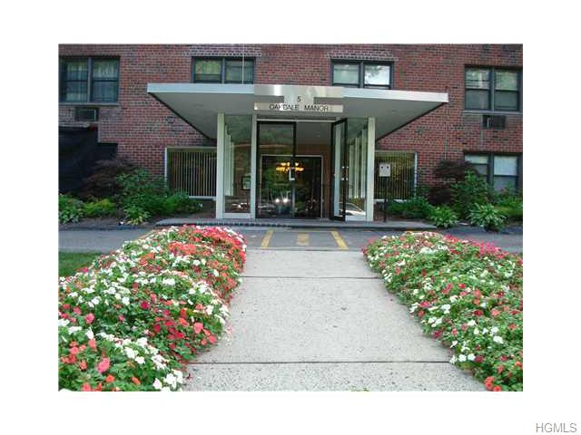 Rental Homes for Rent, ListingId:35162281, location: 5 Oakdale Manor Suffern 10901