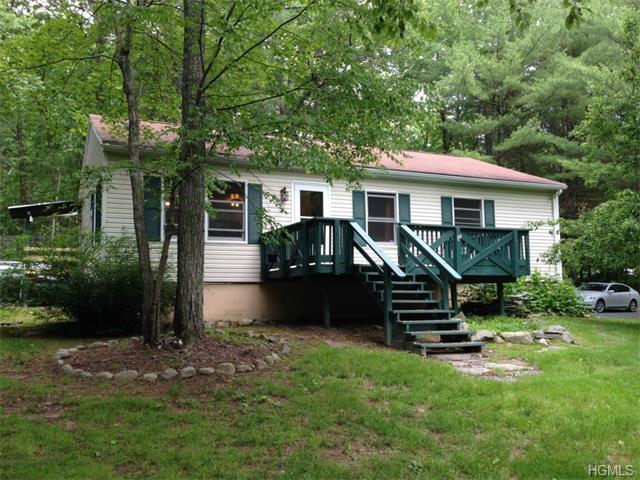 Rental Homes for Rent, ListingId:33802282, location: 69 West Peenpack Trail Sparrowbush 12780