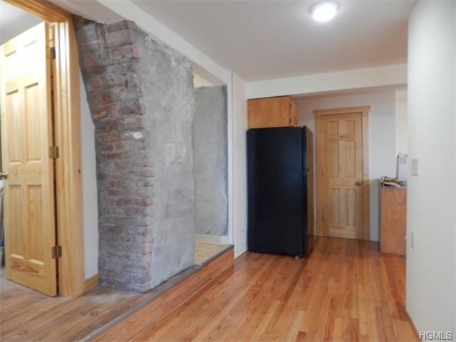 Rental Homes for Rent, ListingId:33959704, location: 32 Terrace Drive Nyack 10960