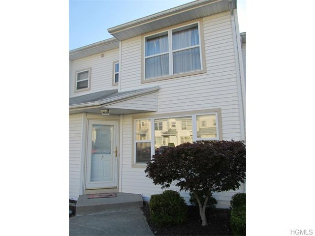 Rental Homes for Rent, ListingId:34819625, location: 7 Yorkshire Court Nanuet 10954