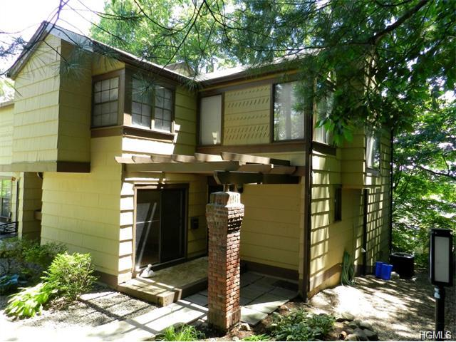 Rental Homes for Rent, ListingId:34025874, location: 137 Treetop Circle Nanuet 10954