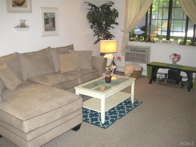 Rental Homes for Rent, ListingId:34071826, location: 126 Foxwood Circle Mt Kisco 10549