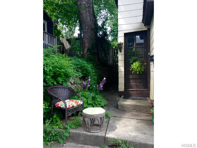 Rental Homes for Rent, ListingId:34423759, location: 36 Ackerman Place Nyack 10960