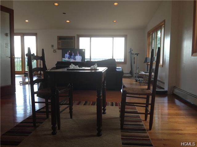 Rental Homes for Rent, ListingId:34695784, location: 156 Hillside Avenue Nyack 10960