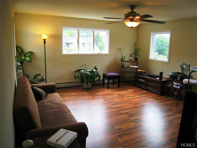 Rental Homes for Rent, ListingId:34712122, location: 563 Mountainview Avenue Valley Cottage 10989