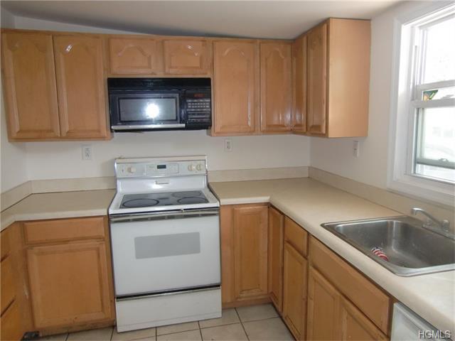 Rental Homes for Rent, ListingId:35197387, location: 252 Orange Turnpike Sloatsburg 10974