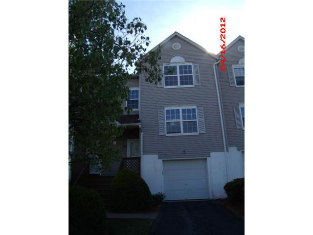 119 High Wood Dr, New Windsor, NY 12553