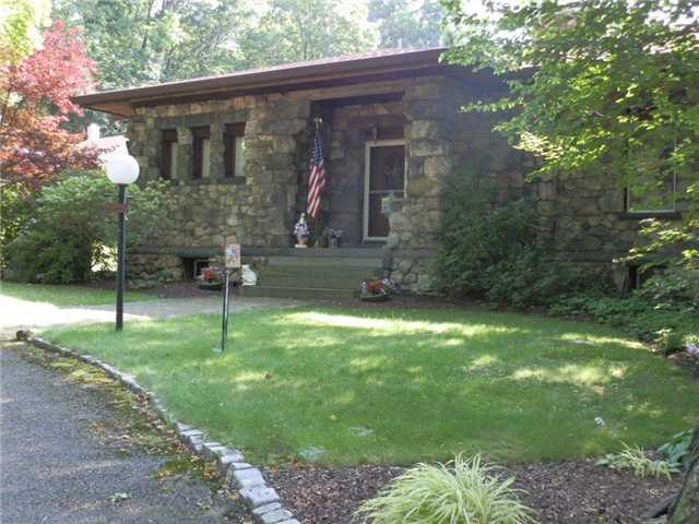 6 Riverview Rd, Highland Falls, NY 10928