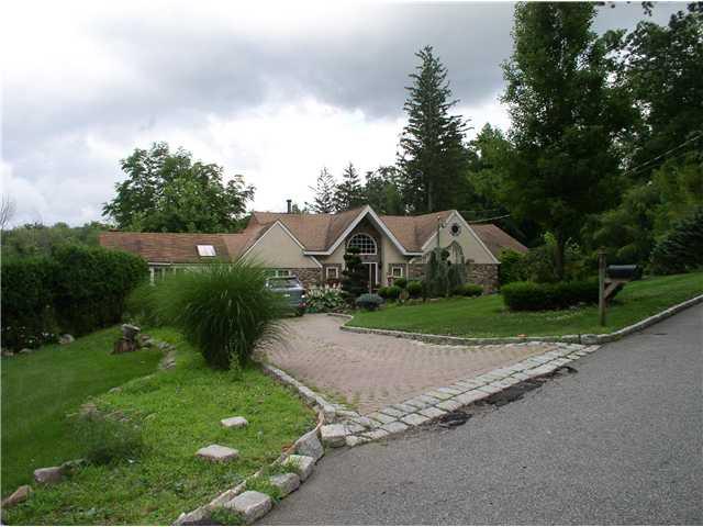 Real Estate for Sale, ListingId: 30983998, Suffern,NY10901