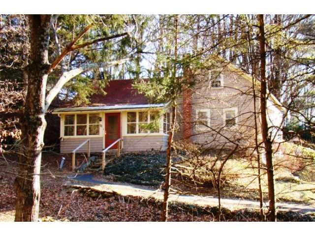 48 Maple Ave, Jeffersonville, NY 12748