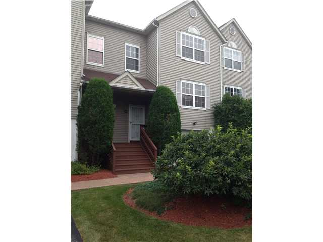 408 Arbor Ln, New Windsor, NY 12553