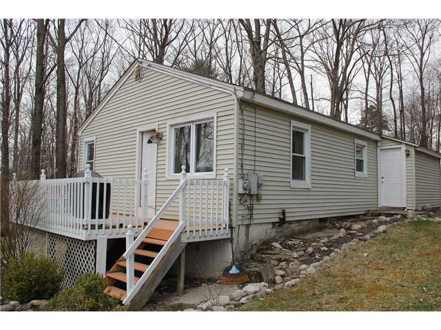 660 Lakewood Rd, Pine Bush, NY 12566