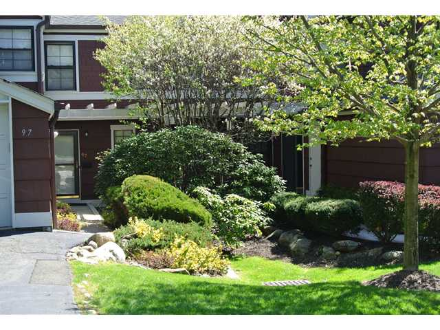 Rental Homes for Rent, ListingId:23409450, location: 97 Treetop Circle Nanuet 10954