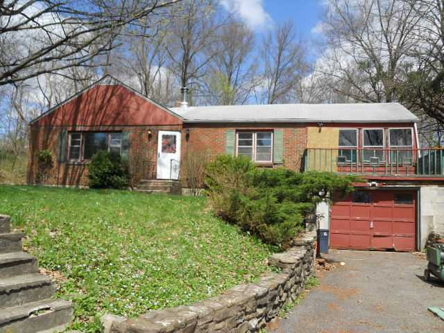 9 Patricia Ln, Washingtonville, NY 10992