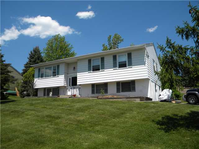 6 Valley Forge Way, Washingtonville, NY 10992