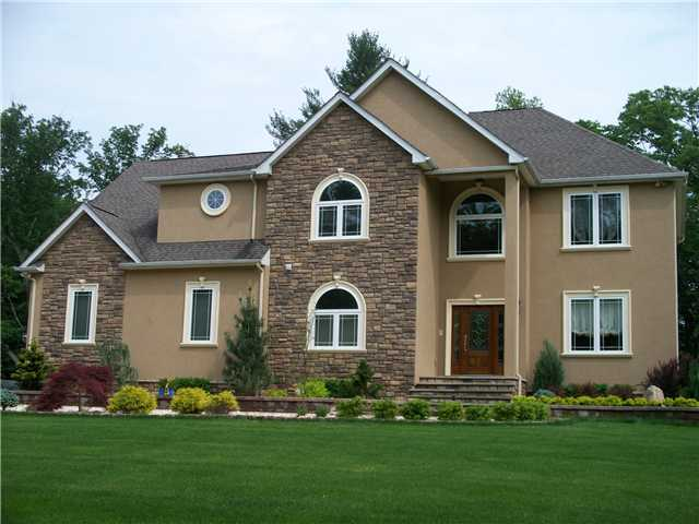 23 Fox Hill Ct, Pine Bush, NY 12566