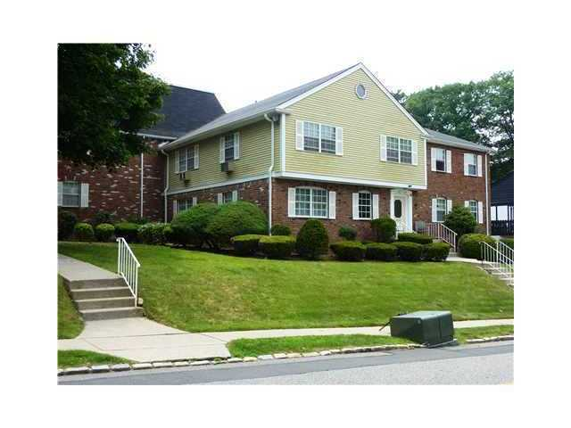 Rental Homes for Rent, ListingId:23883587, location: 131 Parkside Drive Suffern 10901