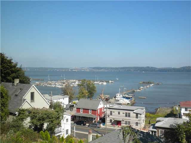 Rental Homes for Rent, ListingId:25403569, location: 154 Hudson Terrace Piermont 10968