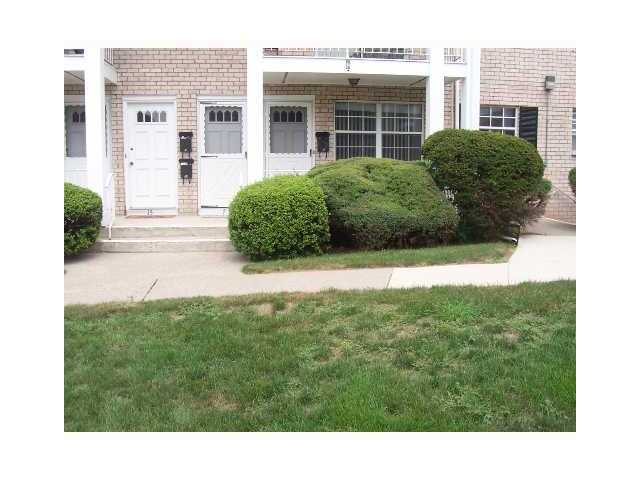 Rental Homes for Rent, ListingId:25916817, location: 7 Doxbury Lane Suffern 10901