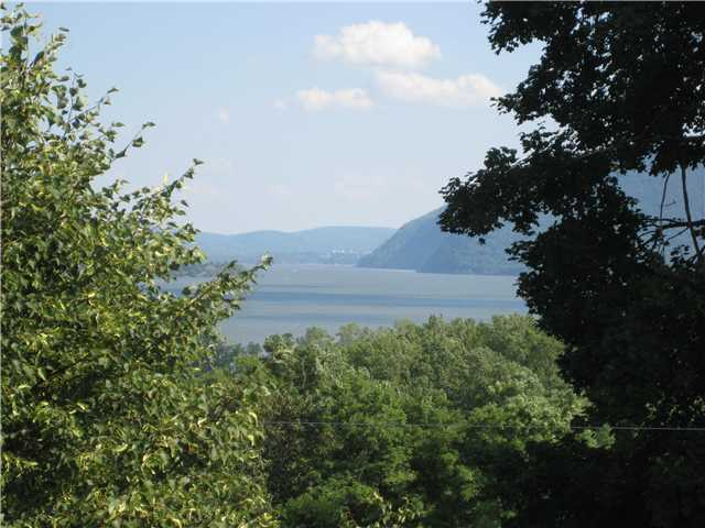 Rental Homes for Rent, ListingId:25972243, location: BAY VIEW Terrace Newburgh 12550
