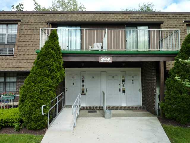 Rental Homes for Rent, ListingId:25972251, location: 424 Carpenter Bldg #2 Avenue Newburgh 12550