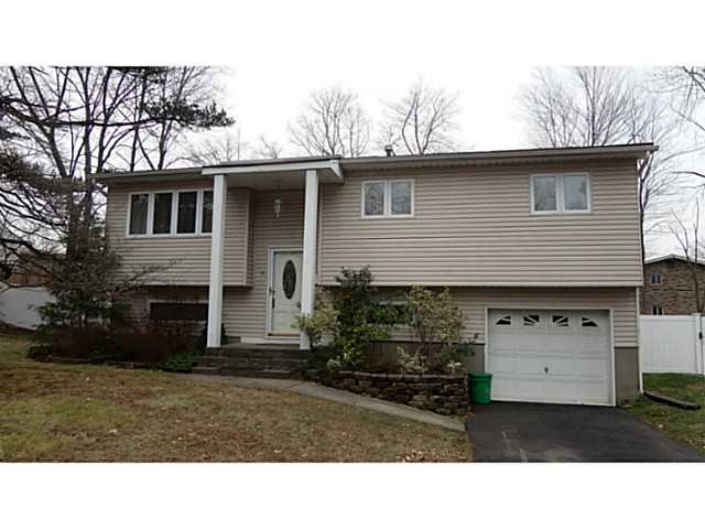 Rental Homes for Rent, ListingId:26179560, location: 14 Lake Shore Drive Nanuet 10954