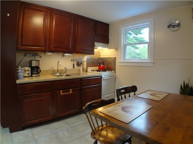 Rental Homes for Rent, ListingId:26192912, location: 252 Rockland Lake Valley Cottage 10989