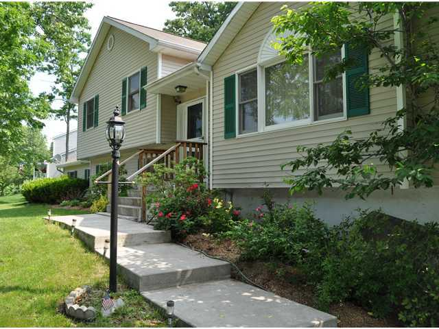 Rental Homes for Rent, ListingId:26471926, location: 8 SARATOGA Road Newburgh 12550