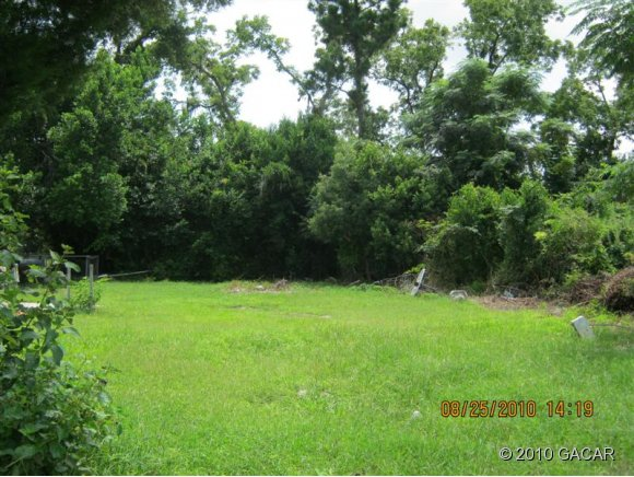 Land for Sale, ListingId:23095025, location: 632 NE Martin Luther King Drive Lake City 32055