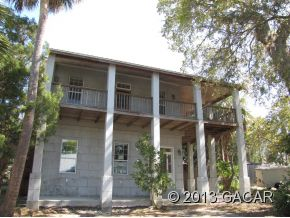 782 4th St, Cedar Key, FL 32625